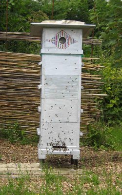jardin des petites ruches stage de 4 jours du jeudi 9 au dimanche 12 juillet 2015 fabriquer. Black Bedroom Furniture Sets. Home Design Ideas